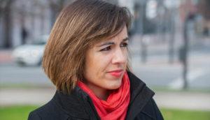 """Katixa Agirre: """"He escrito dos novelas y en medio he tenido dos hijos; quería demostrarme que es posible ser madre y escritora"""""""